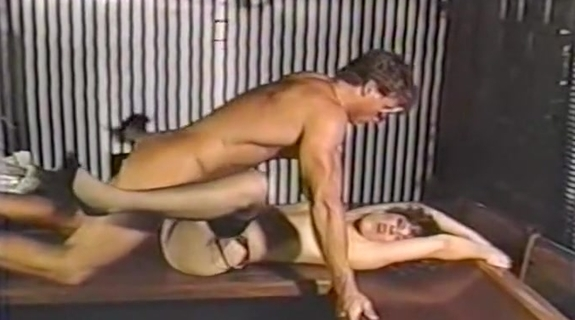 Dressed To Thrill. Tube Porn Classic - free vintage porn tube, classic xxx movie, retro porn, Italian vintage porn movie, American vintage films, German vintage nude, French retro porno and many more top adult movies with Seka, Ron Jeremy, John Holmes, Traci Lords, Kay Parker and others.