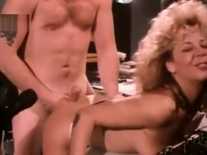 Karen Summers sucks and fucks in the radio room. Tube Porn Classic - free vintage porn tube, classic xxx movie, retro porn, Italian vintage porn movie, American vintage films, German vintage nude, French retro porno and many more top adult movies with Seka, Ron Jeremy, John Holmes, Traci Lords, Kay Parker and others.