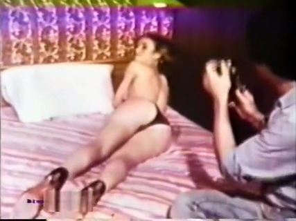 Peepshow Loops 78 1970's - Scene 1. Tube Porn Classic - free vintage porn tube, classic xxx movie, retro porn, Italian vintage porn movie, American vintage films, German vintage nude, French retro porno and many more top adult movies with Seka, Ron Jeremy, John Holmes, Traci Lords, Kay Parker and others.