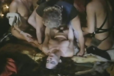 The Load Warroir (1987). Tube Porn Classic - free vintage porn tube, classic xxx movie, retro porn, Italian vintage porn movie, American vintage films, German vintage nude, French retro porno and many more top adult movies with Seka, Ron Jeremy, John Holmes, Traci Lords, Kay Parker and others.