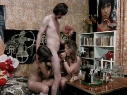 De-Flowered Virgin. Tube Porn Classic - free vintage porn tube, classic xxx movie, retro porn, Italian vintage porn movie, American vintage films, German vintage nude, French retro porno and many more top adult movies with Seka, Ron Jeremy, John Holmes, Traci Lords, Kay Parker and others.
