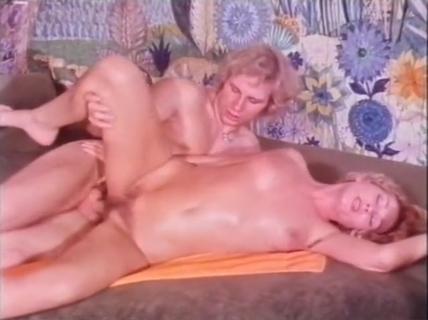 Pornos heimliche Heimlich am