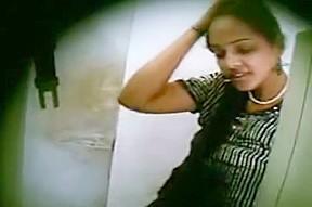 tamil sexy girls in saree
