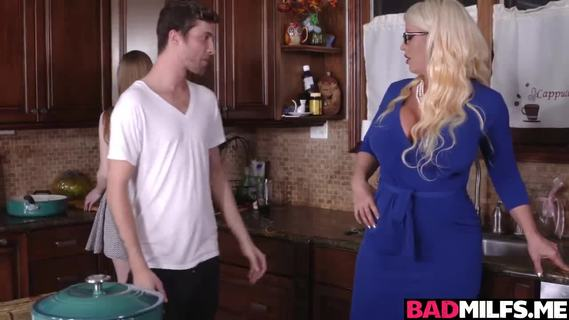 Sizzling kitchen 3some with Dolly and Alura. Blonde MILF Alura seduced Dollys boyfriend and gave him a hot blowjob.The next day,she started a hot kitchen threesome with him and Dolly and loved the taste of his cum all over thier face.