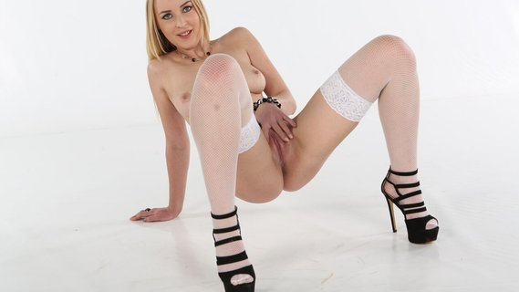 Long boner nails dripping pussy of sweet babe Amaris. Check out Long boner nails dripping pussy of sweet babe Amaris on FRPRN.com