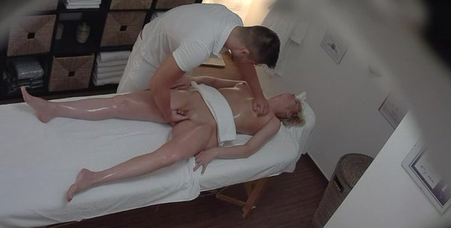 Horny blonde woman wanted a special full body massage. Check out Horny blonde woman wanted a special full body massage on FRPRN.com