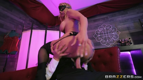 It is a pleasure for the masked guy to fuck Rachael Cavalli. Check out It is a pleasure for the masked guy to fuck Rachael Cavalli on FRPRN.com