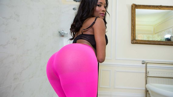 Kiki Minaj in Pink And Plump. Check out Kiki Minaj in Pink And Plump on FRPRN.com