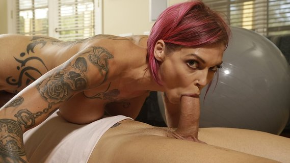 Coach fucks Anna Bell Peaks showing her a new exercise. Check out Coach fucks Anna Bell Peaks showing her a new exercise on FRPRN.com