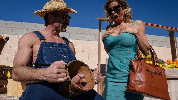 Farmer's mighty dick is the best food for Alexis Fawx. Check out Farmer's mighty dick is the best food for Alexis Fawx on FRPRN.com