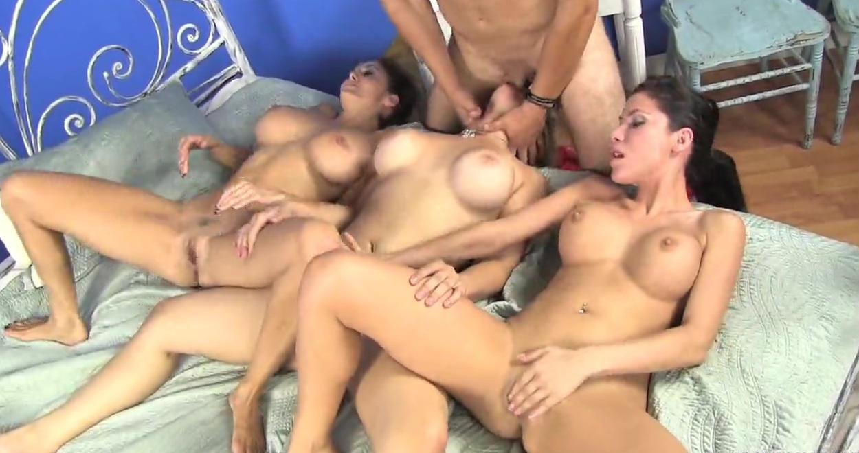 porno-paren-trahaet-telku-video