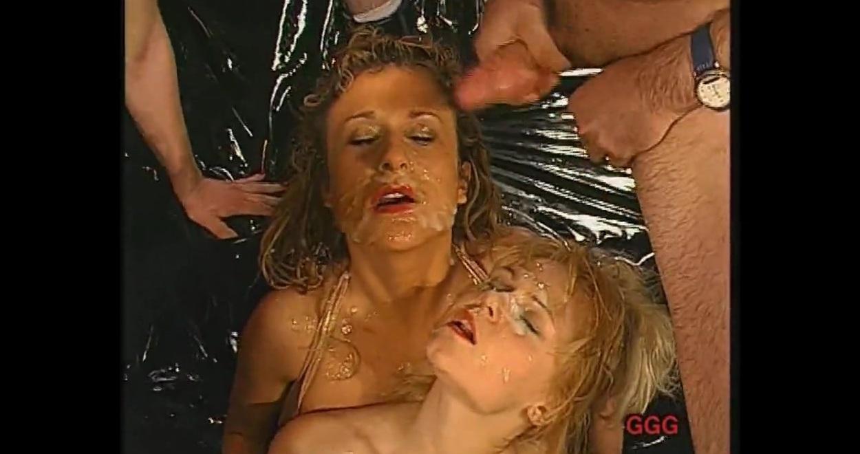 Целуются (найдено 5216 порно видео роликов). Страница 20 ...