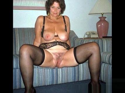 Free Horny Granny Porn