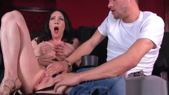 Sexy Housewife (RayVeness) With Big Jugss Nailed Hardcore On Cam vid-11. The World's Best Free Amateur Porn Tube. The Largest Community with Real People Attended in Homemade Porn. Copyright © 2006-2019 HClips. All rights reserved.