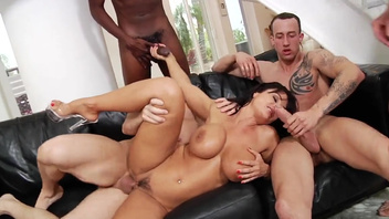 Rough double penetration for Lisa Ann during wild gangbang. ...