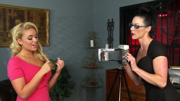 Thick strapon pounding for hot blonde slave Kendra Lust. Delightful Kendra and her holes!)