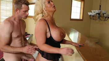Alura Jensen receives delightful beaver drilling pleasures. Alura Jensen receives delightful beaver drilling pleasures