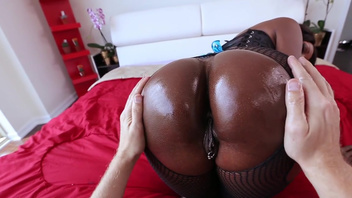 Ebony, Diamond Jackson, fucked deep in the ass during extreme interracial. Ebony, Diamond Jackson, fucked deep in the ass during extreme interracial