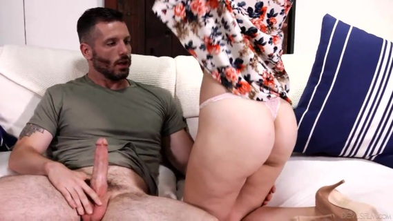 Blonde Alexa Grace has an affair with mom's boyfriend. Blonde Alexa Grace has an affair with mom's boyfriend
