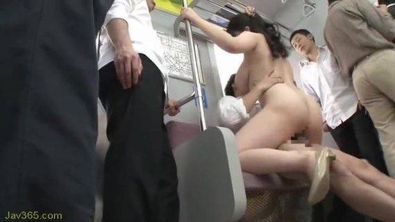 в метро трахнули пьяную китаянку видео никогда