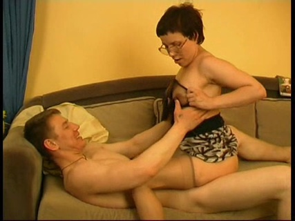 порно тетя с короткой стрижкой - 8