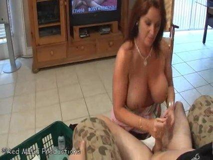 уже говорили, зрелые женщины застукали за дрочкой смотреть порно онлайн этом