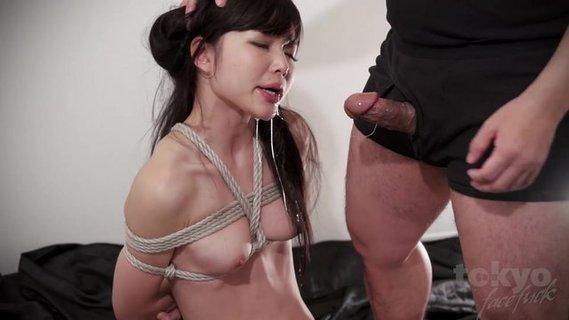 связанную японку ебут порно