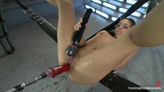 Женский Сквирт От Секс Машины