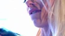 Блондинка силиконовыми губами делает минет. Смотреть или скачать порно видео Блондинка силиконовыми губами делает минет
