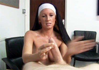 Дрочит член монах #7