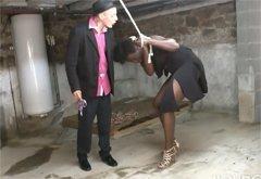 Изнасилование Связанной Негритянки В Подвале