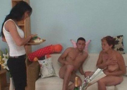 Порно жена спалилась мужу