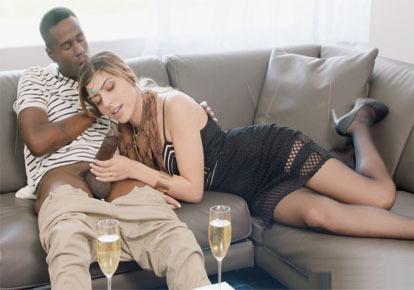 домашнее негр трахает белую в попу услугами проститутки