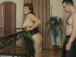 Russian mother i'd like to fuck Viola copulates youthful loverboy