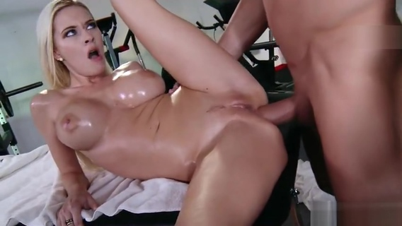 Attractive busty cheerleader Riley Evans having a real massage sex. Riley Evans,Billy Glide