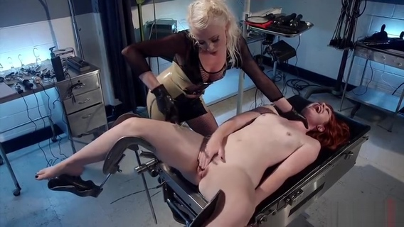 Lesbian porn video featuring Barbary Rose and Lorelei Lee. Barbary Rose,Lorelei Lee