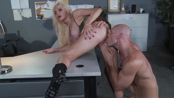 Huge boobs sex video featuring Alexis Ford and Juelz Ventura. Johnny Sins,Juelz Ventura,Alexis Ford