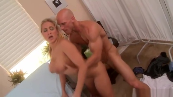 Amazing platinum nurse Alanah Rae featuring hot medical porn video. Johnny Sins,Alanah Rae