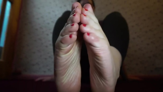 Miss Valentine - You think of my feet, you pay. Miss Valentine - You think of my feet, you pay