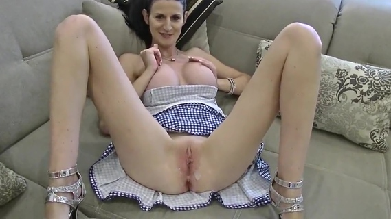 Can not resist to fuck my sexy stepsister. Can not resist to fuck my sexy stepsister