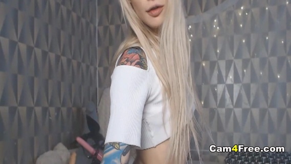 Babe With Tattooed and Fucked Her Pussy. Watch this hot blonde babe with tattoos and pierced nipples as she strips off her clothes revealing her sexy body She fuck her pussy using her toys while she moans loud that will surely make you cum by watching her masturbates She lay down on her bed and spreads her legs giving her viewers a perfect view on her pussy Then she gets her glass toy and vibrator and fucked her pussy with her glass toy while she put her vibrator on to her cunt till she reached her climax