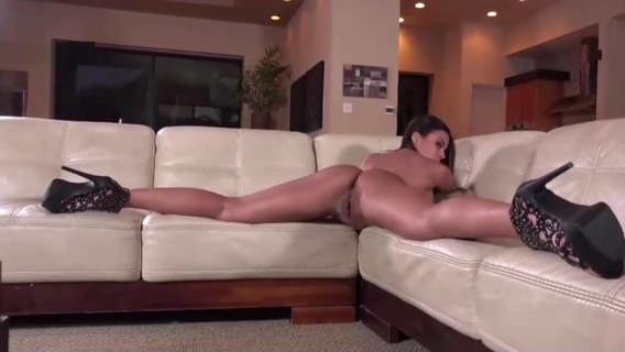 Real Girlfriend Showing Ass and Pussy In an Amazing Hot Show HD. Real Girlfriend Showing Ass and Pussy In an Amazing Hot Show HD