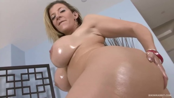 Big ass blonde woman with big tits, Sara Jay is having sex with a black guy. Sara Jay