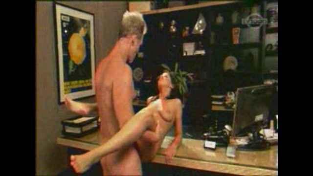 эротические художественные гей фильмы онлайн