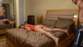 Порно руский развел систру зделать масаж фото 42-959