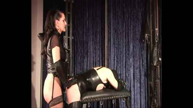 скачать бесплатно фото госпожа и раб