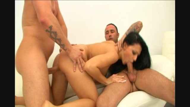 порно ролик жмж