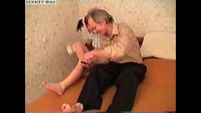 Порно дед не здержался перед красивой внучкой и ее попай фото 258-450