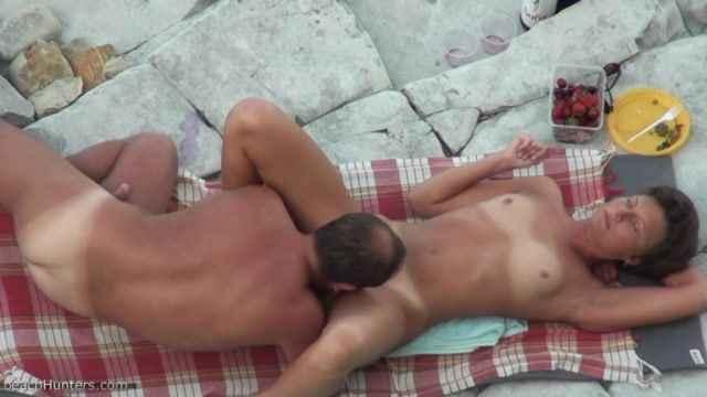 muzh-konchil-v-zhenu-porno-onlayn