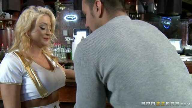 Blonde Leya Falcon bound anf force fed cock and pussy while on a machine  1052650